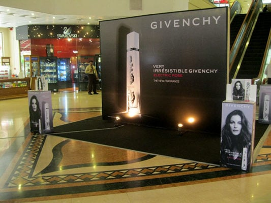 Very Irrésistible Givenchy Electric Rose 1