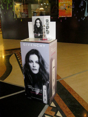 Very Irrésistible Givenchy Electric Rose 2