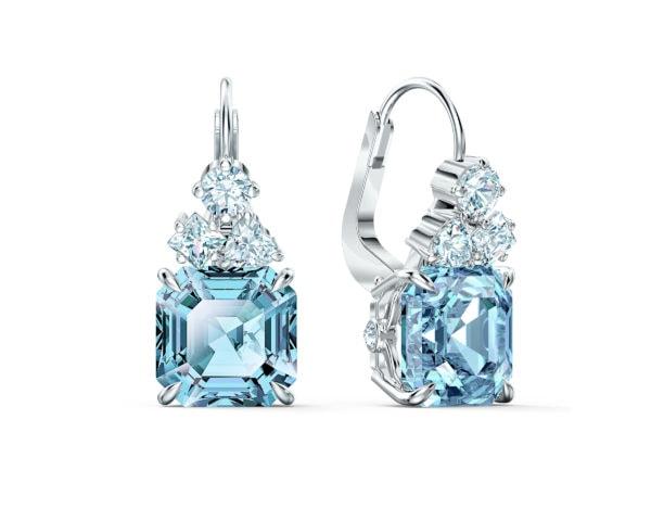 Sparkling Pierced Earrings 3