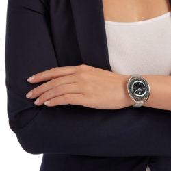 Black Crystalline Oval Watch 5